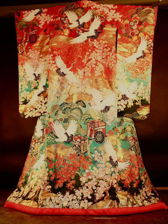 On Sale Antique Wedding Kimono Heavily Embroidered Kimono Design Embroidery Kimono Japanese Traditional Clothing