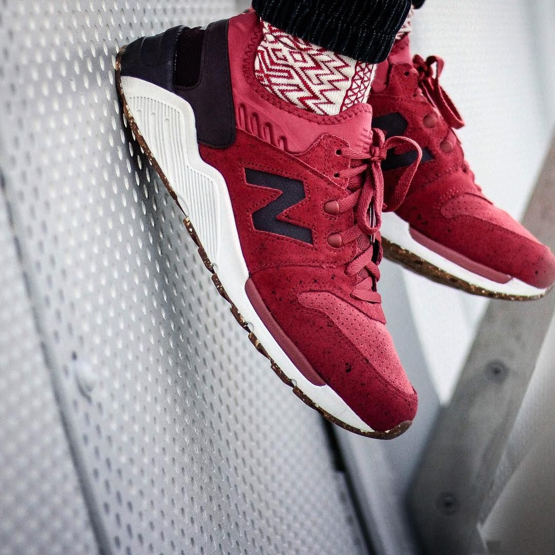 new balance 009 red