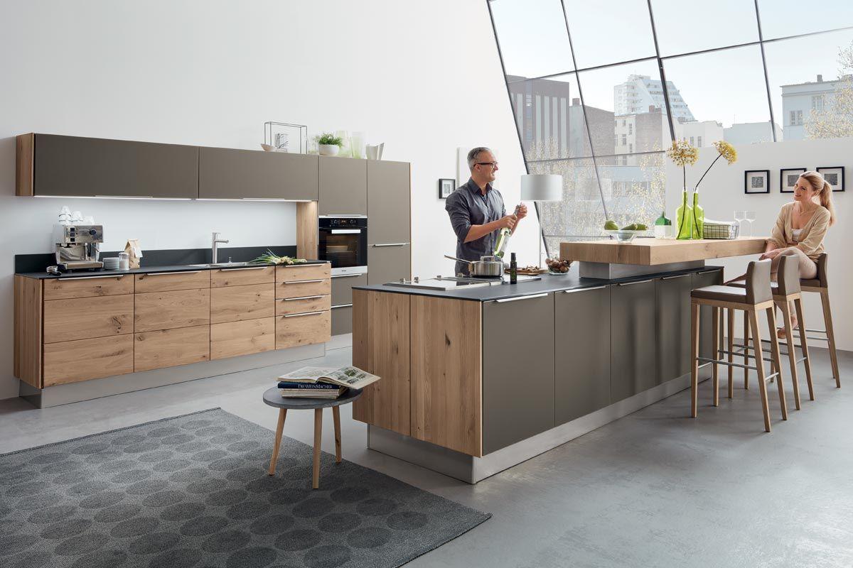Moderne Kuechenplanung Aus Echtholz Massivholzkuchen Kuchen Design Wohnung Kuche