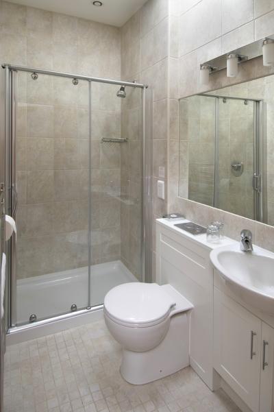 En Suite Shower Room Part 15