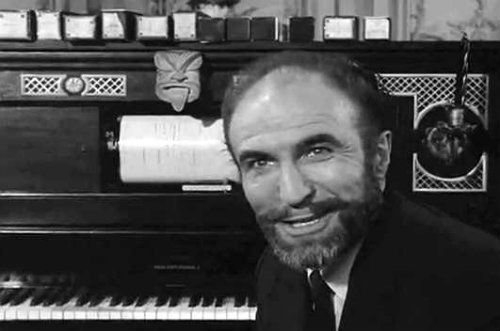 Barry Morse As Fitzgerald Fortune In The Twilight Zone Episode Piano In A House Twilight Zone Twilight Zone Episodes Classic Tv