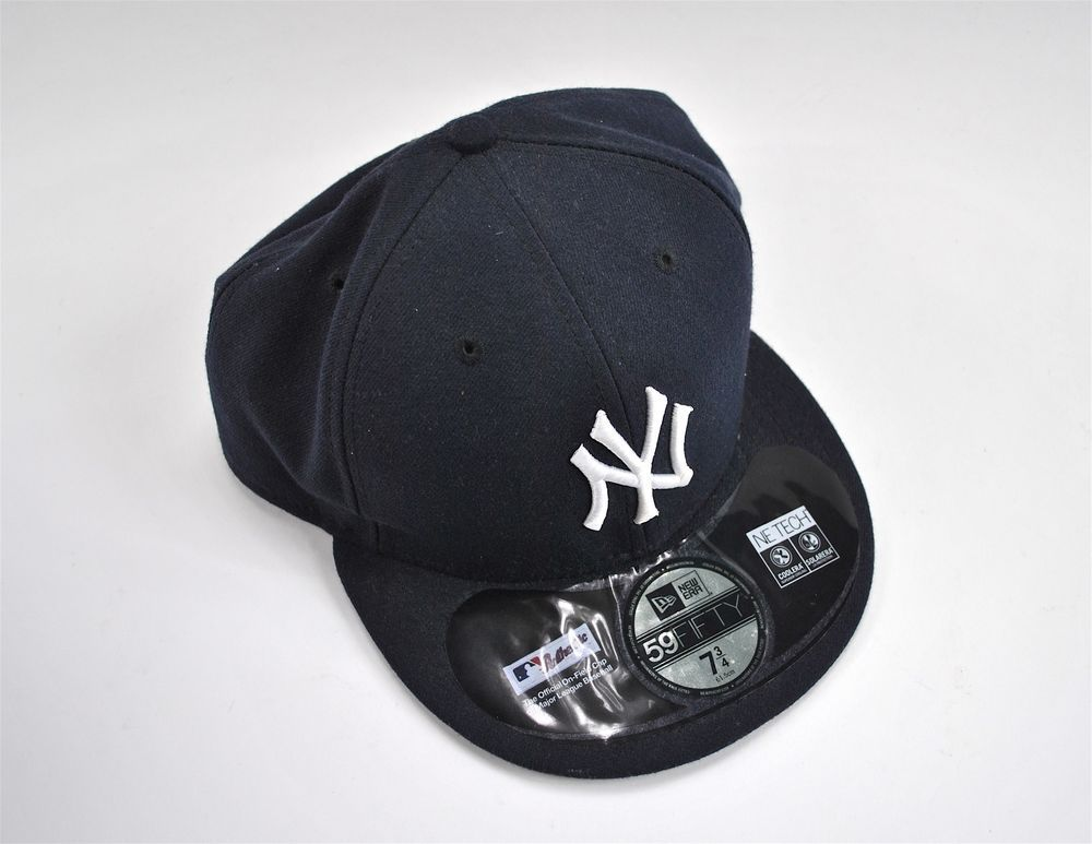 339c9a6fe94 New York Yankees MLB Major League Baseball Cap Hat Blue Navy One Size Fitted