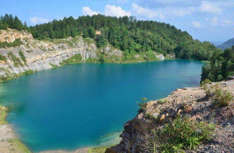 Gambar Kenampakan Danau Danau Geografi Alam