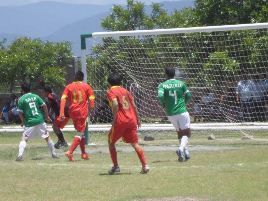 Valerio Trujano, campeón; derrota 2-1 a Santa Teresa, en final de Futbol - http://notimundo.com.mx/deportes/valerio-trujano-campeon-derrota-2-1-santa-teresa-final-futbol/10377