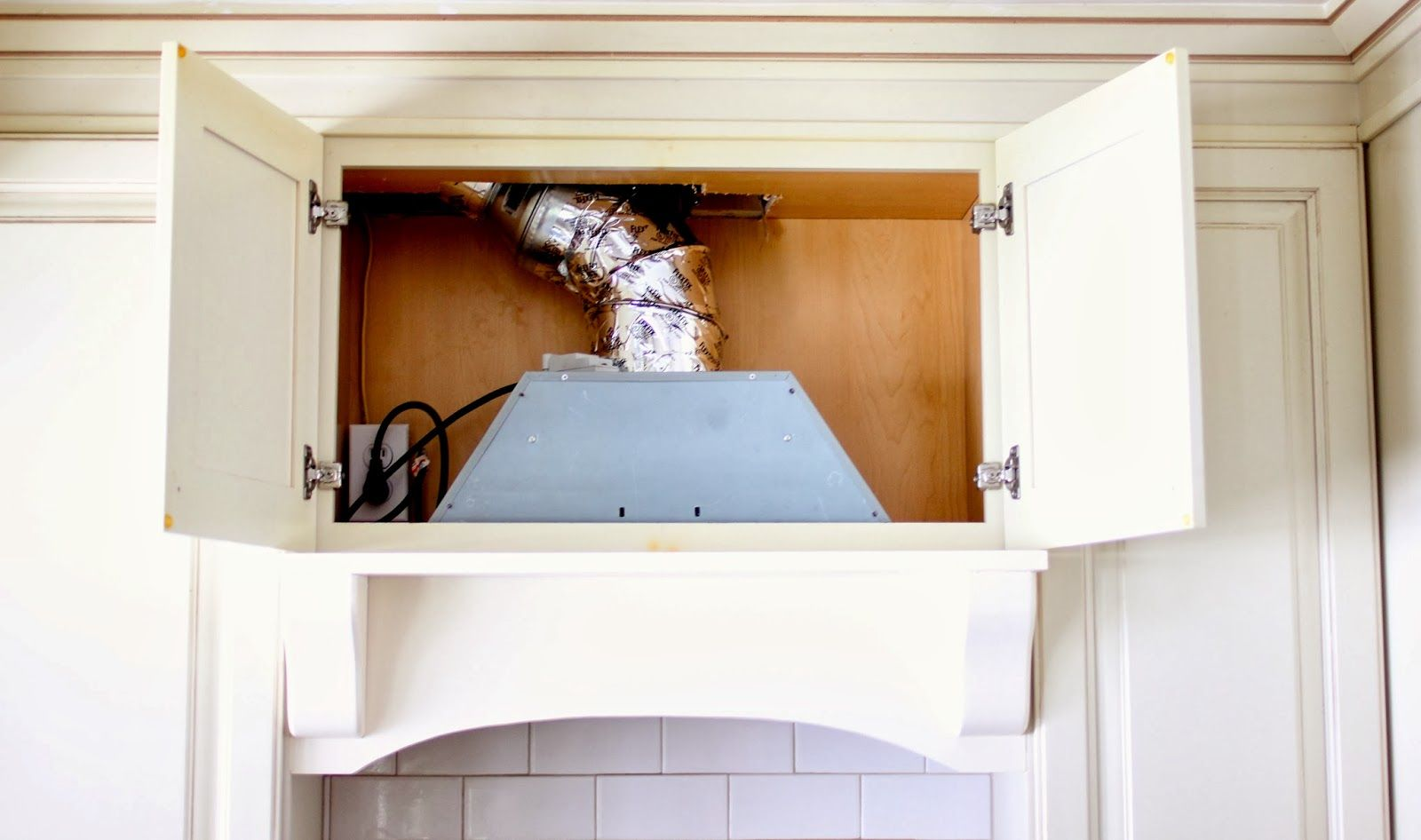 Diy Mantel Hood Tutorial Diy Mantel Home Kitchen Vent Hood