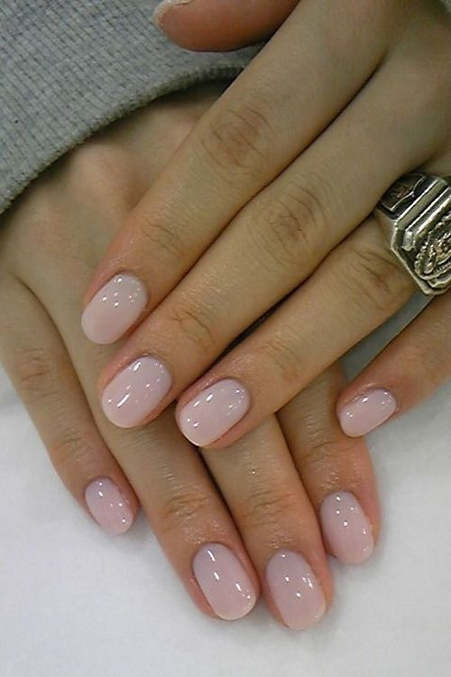 A Soft Beige Polish On Your Nails Is A Nice And Beautiful Break From All The Vibrancy Be Neat And Elegant With Nail Polis Simple Nails Cute Simple Nails Nails