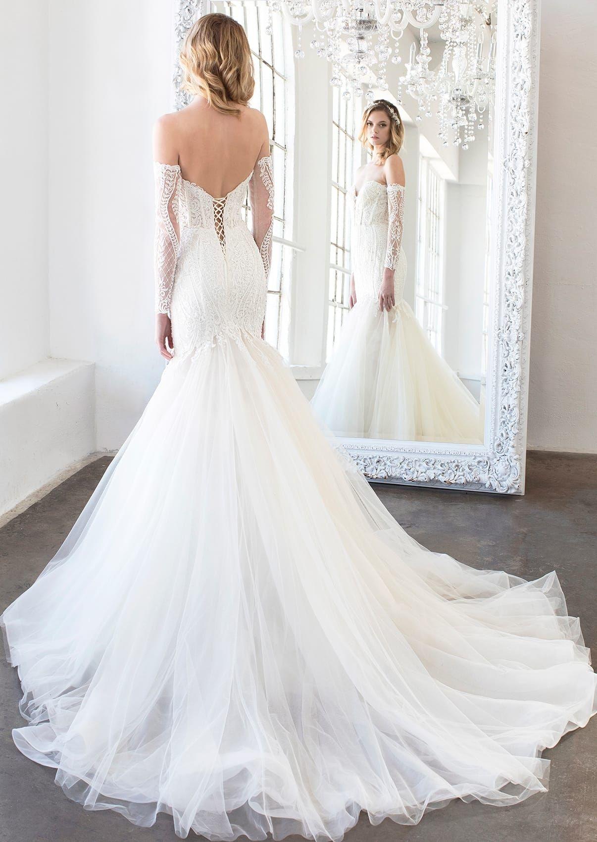Winnie Couture Wedding Dresses Bridal Gowns By Beverly Hills Celebrity Bridal Designer Wedding Dress Couture Wedding Dresses Unique Designer Wedding Dresses