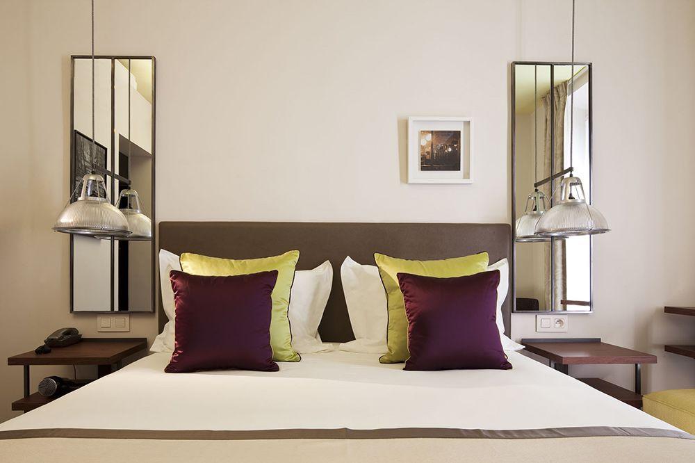 Hotel Marais Bastille 36 Bd Richard Lenoir 75011 Paris 33 1 48 05 75 00 Metro Bastille 1 5 8 Www Maraisbastille Com Hotel Paris Bastille Lenoir