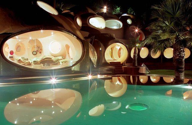 A impressionante piscina