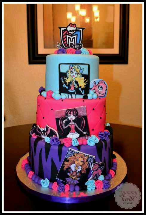 My Soon To Be 7 Year Old Would Love This Monster High Cakes Monster High Birthday Cake Monster High Cake