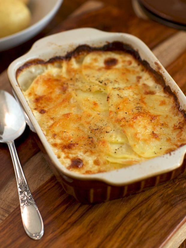 Pleated Potato Casserole Rakott Krumpli Recipe Recipes Creamy Potato Potato Lasagna