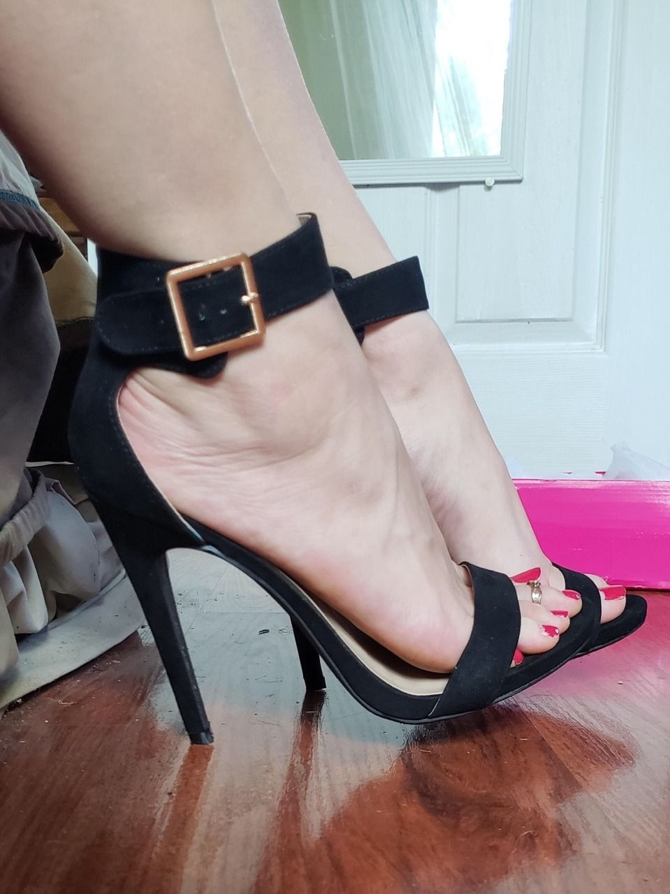 f5c6febc224 Pin by Joe Fire on Pantyhose - Feet - Heels