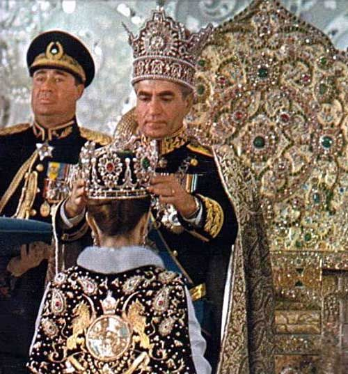 Iran Imperial Coronation Shah crowning the EmpressGeneral ...