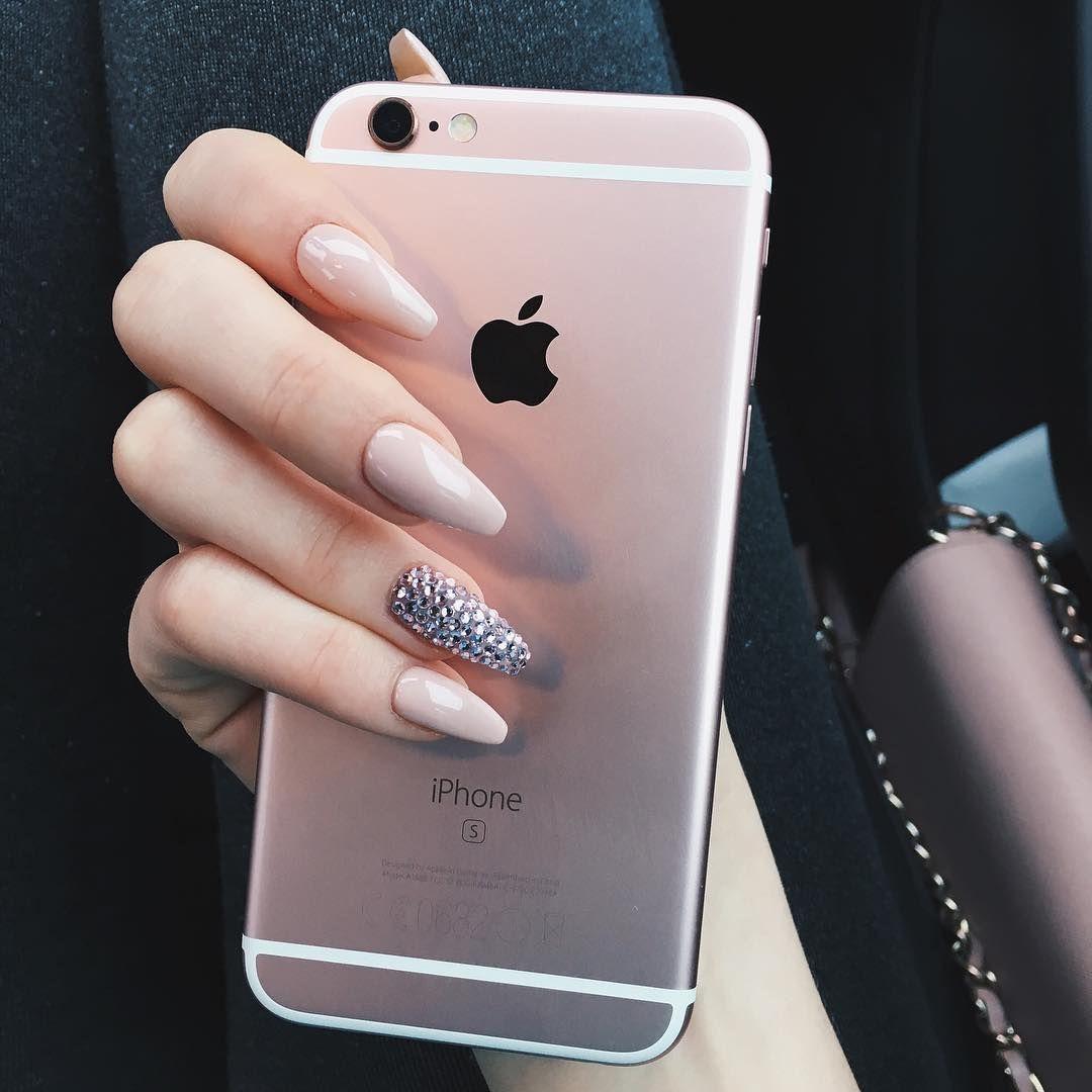 """cailfornie: """"indie/fashion/boho """"   nails, nails, and more nails ..."""