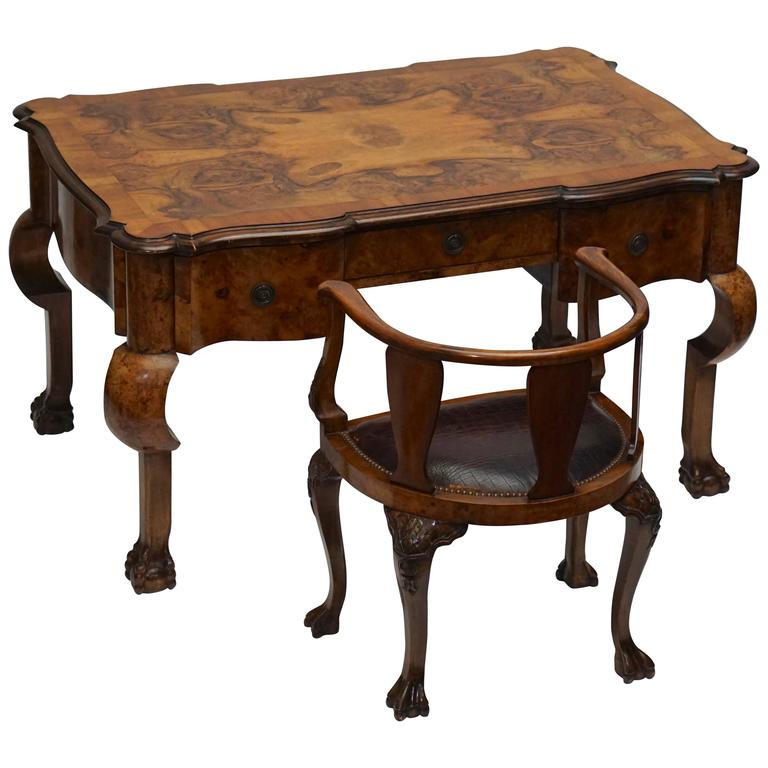 Queen Anne Desks 27 For Sale At 1stdibs >> 19th Century French Burled Walnut Partners Desk With