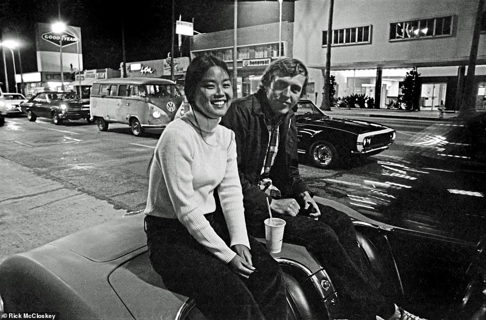 Black And White Images Capture Summer Socal Car Cruising Scene In 72 Black N White Images Van Nuys Black And White