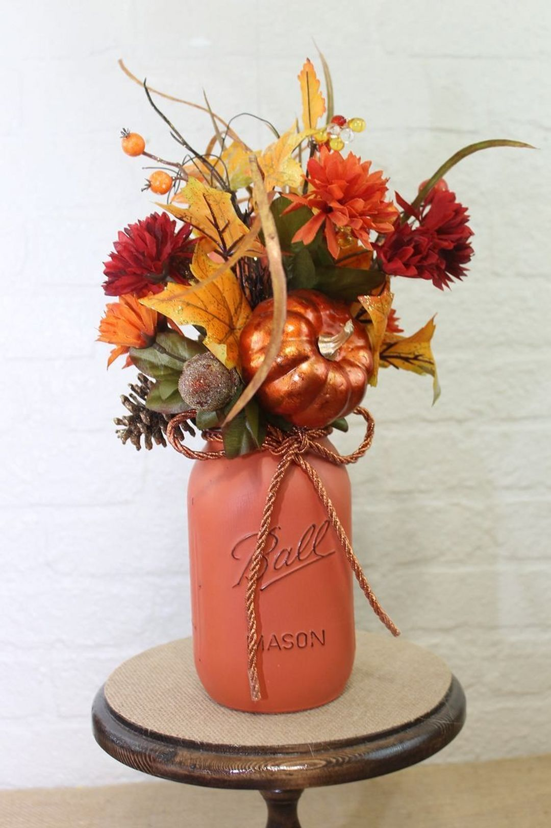 Top 15+ Wonderful DIY Fall Centerpieces Ideas to Decor Your Room Table Easily images