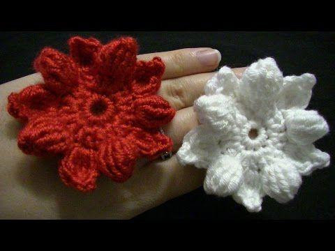 Blume häkeln - 10 Blätter - 3D Blume - ähnlich wie Weihnachtsstern - auch als Weihnachtsdeko - YouTube