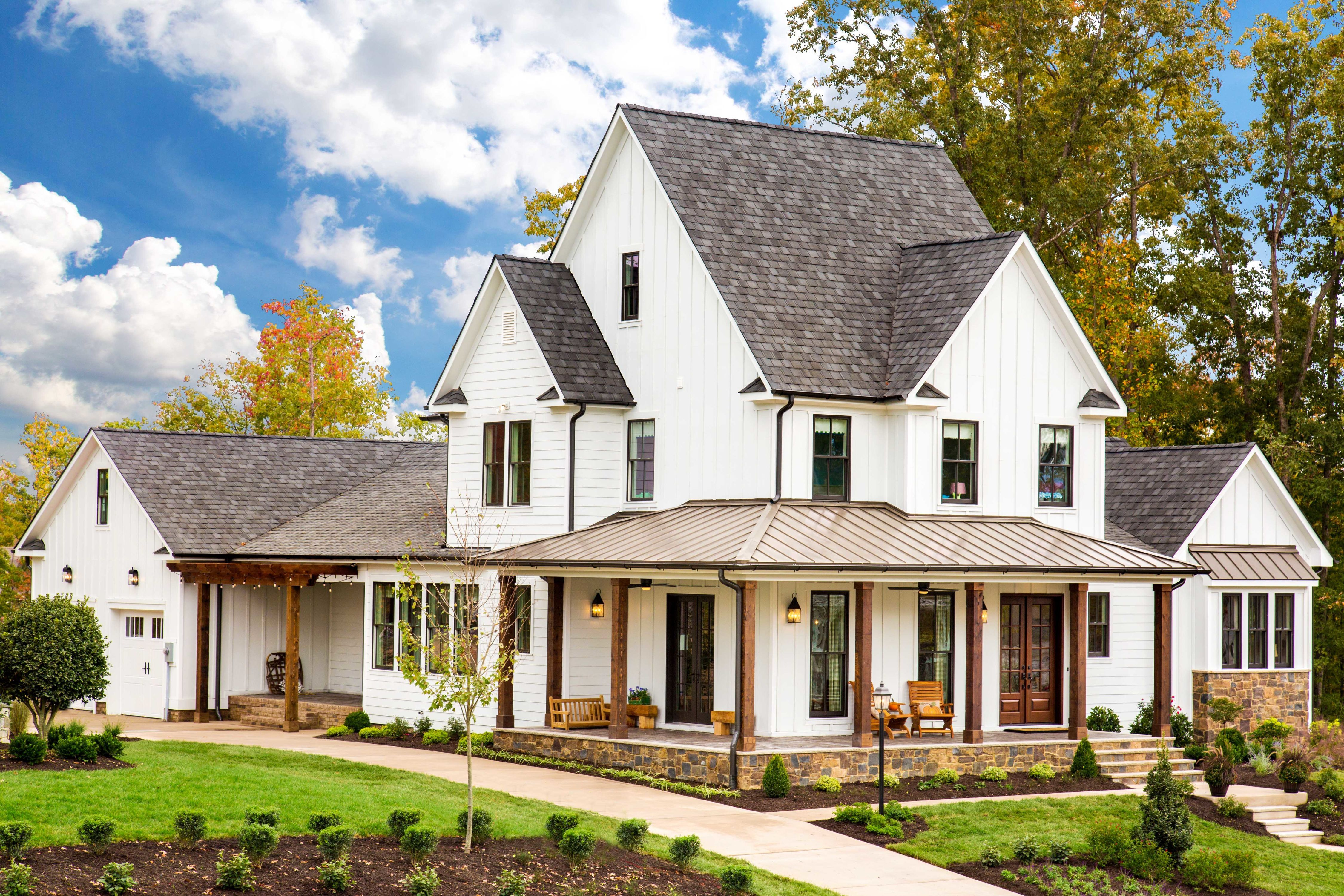 See Some Of Our Favorite Southern Living House Plans On Hallsley S Street Of Hope House Plans Farmhouse Southern Living House Plans Farmhouse House