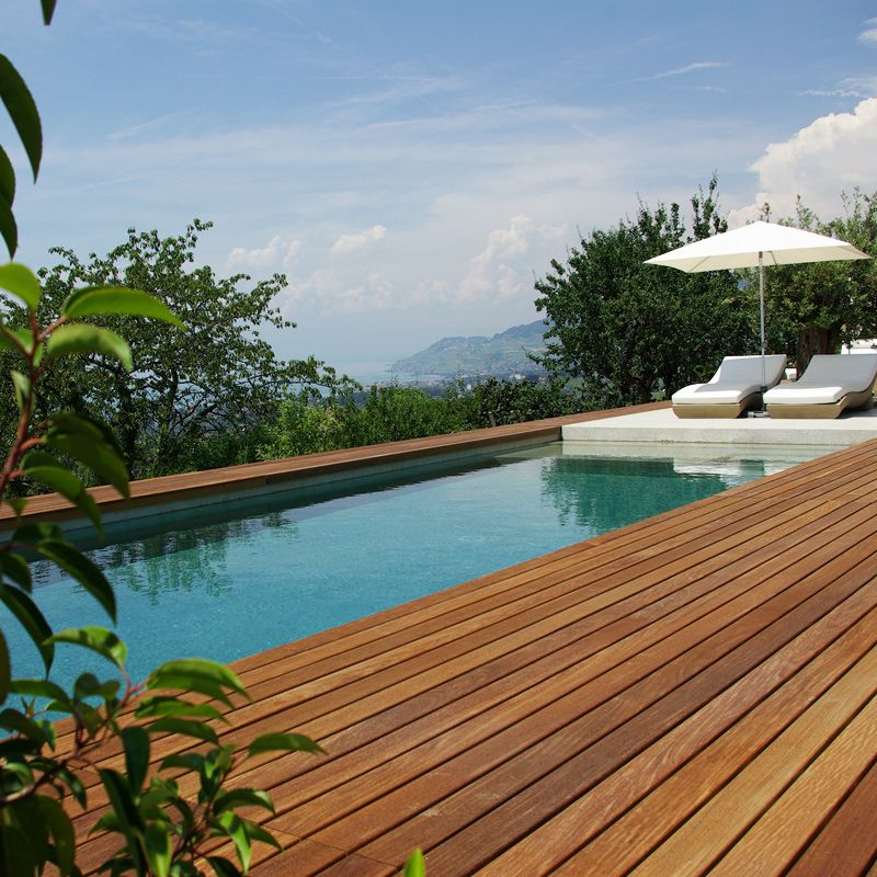 15 piscines de rêve pour le plaisir des yeux - La terrasse en bois - realiser une piscine en beton