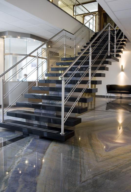 Man Unterscheidet Zwischen Aussen Und Innentreppen Im Aussenbereich Reprasentieren Sie Die Visitenkarte Des Hauses Und Im Innenberei Treppe Aussen Innentreppen