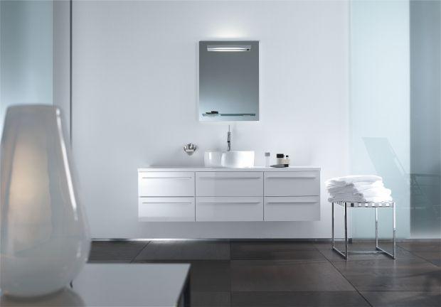 X-Large bietet massig Stauraum und massig Möglichkeiten zur - badezimmer design badgestaltung