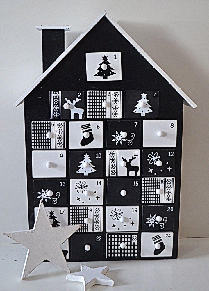 X-Mas süßes Adventskalender Haus schwarz/weiß mit 24 Schubladen aus