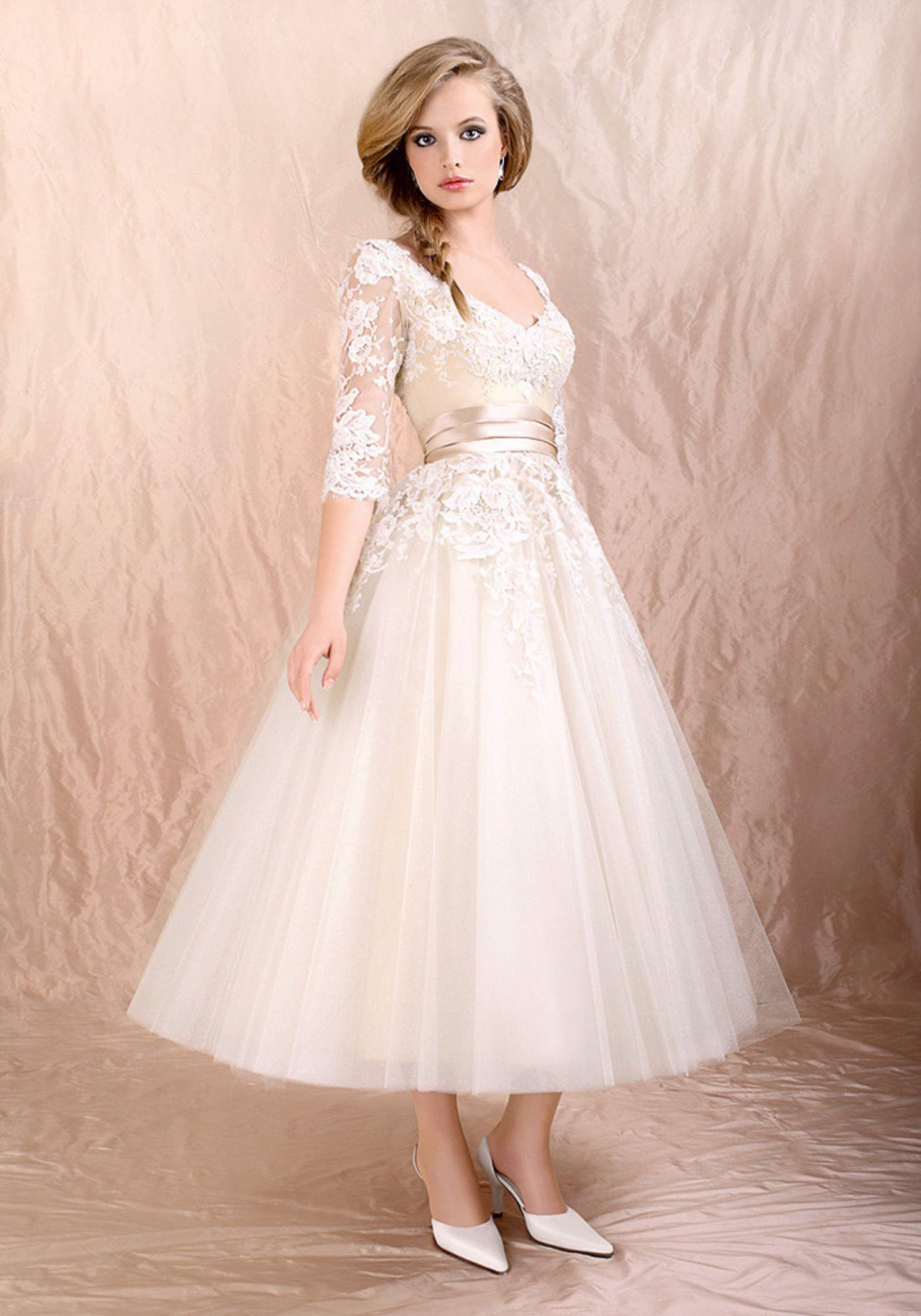 Retro s s tea length long sleeves lace tulle formal wedding