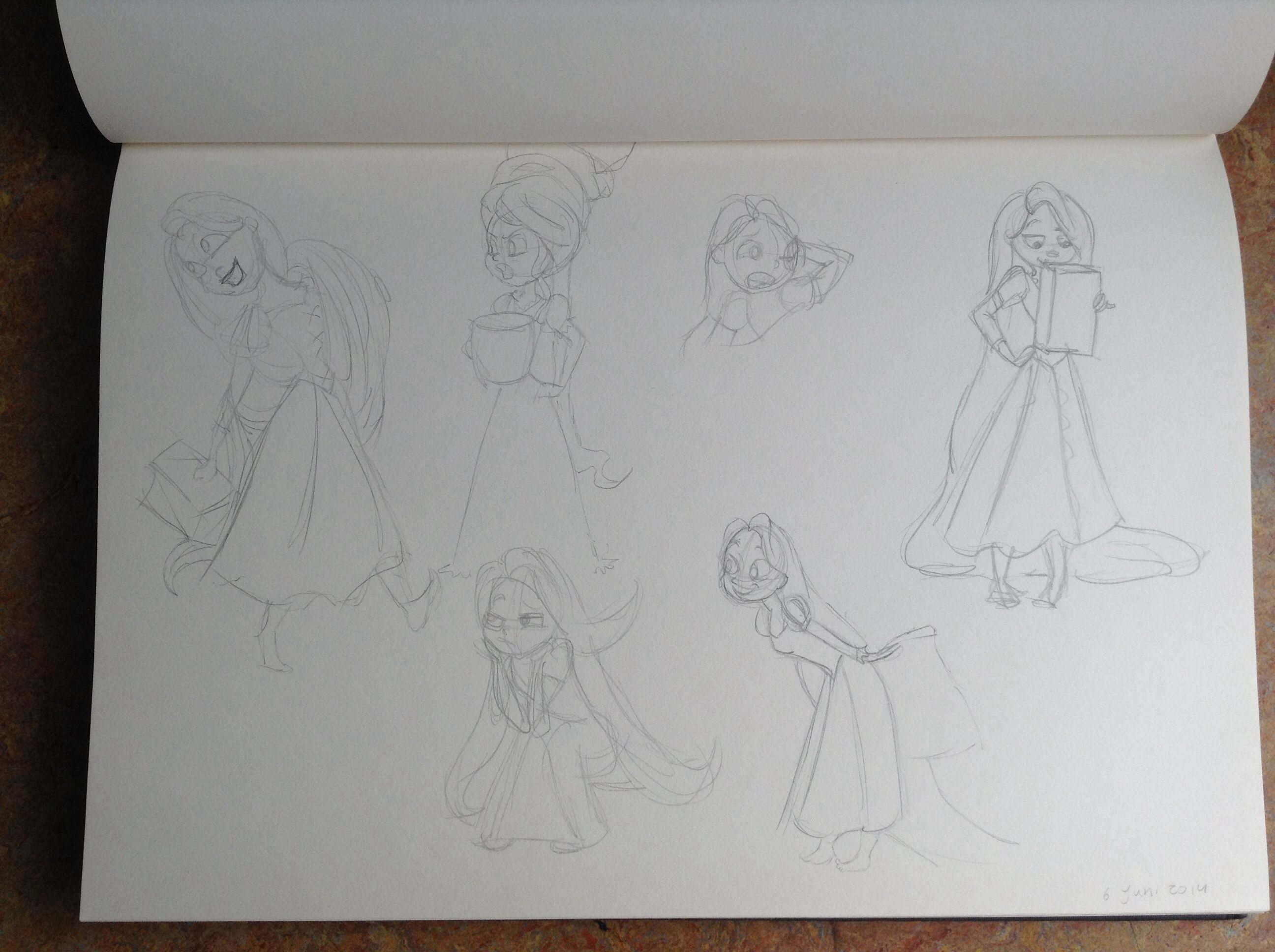 Very quick practicing sketches of Rapunzel. (Used Drawing's from Amy Mebberson as refrence) by Yenthe J.