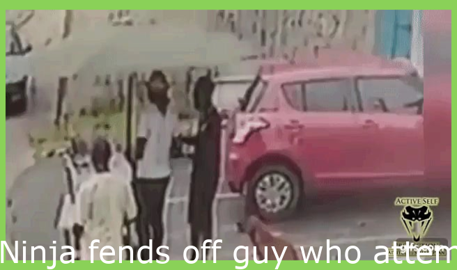 Gif Funny Laughing Pic Ninja Fends Off Guy Who Attempts To Assault Him With A Machete In 2020 Funny Laugh Girl Humor Really Funny