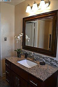 Bathroom Mirror And Backsplash Idea