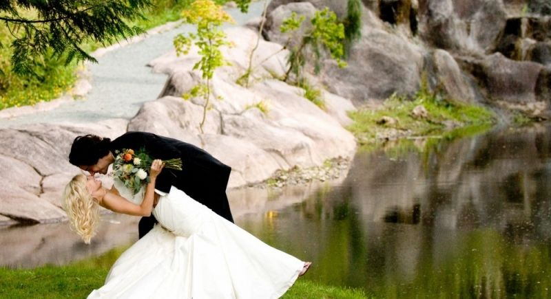 676357a6b32143ecaf87c568f5c02296 - Rock Creek Gardens Wedding And Event Venue