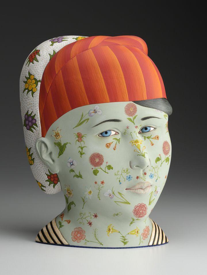 """Sergei Isupov, """"Jarira"""" 2013, porcelain, glaze, slip, 14 x 10 x 6″."""