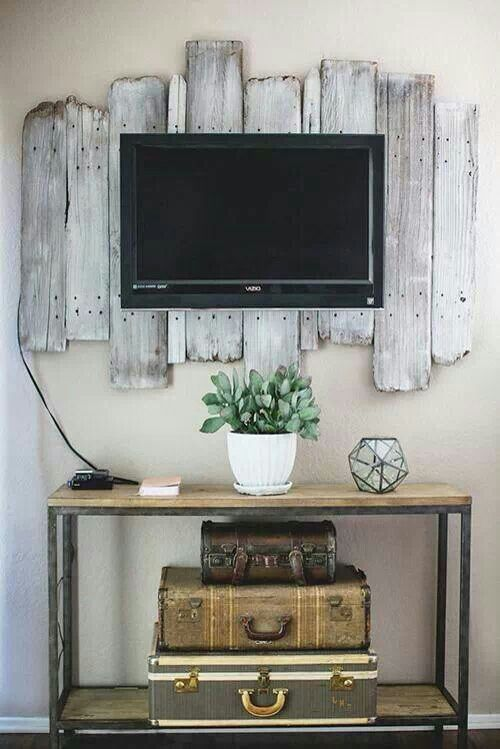 Cool way to use barn wood-----