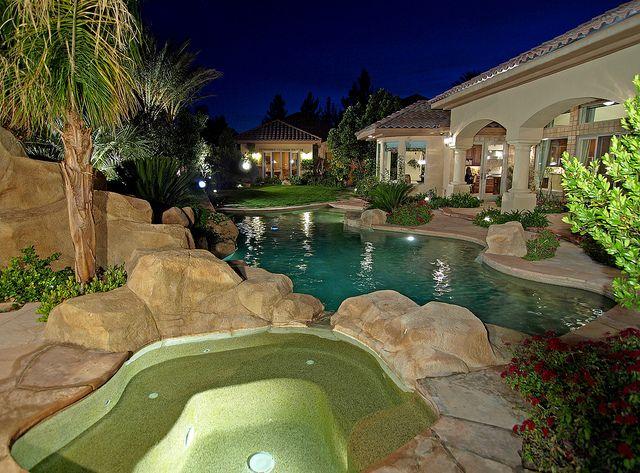 Mountain Trails 2200 Point Rock Lane Swimming Pool Luxury Las Vegas Homes Amazing Swimming Pools Backyard Pool Dream Backyard