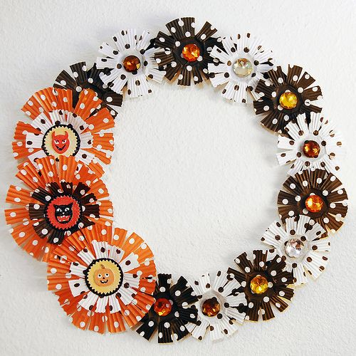 Halloween wreath made out of cupcake liners