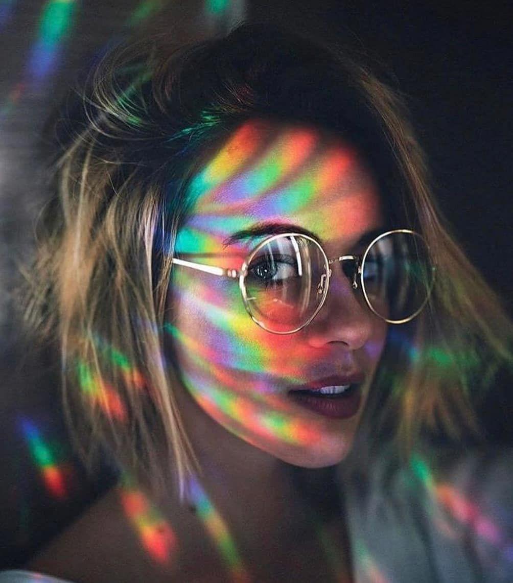 La Imagen Puede Contener Una Persona Gafas De Sol Y Primer Plano Self Portrait Photography Rainbow Photography Portrait