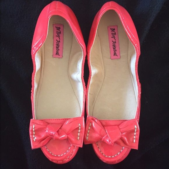 Pink Shoes/Flats with Bows Super cute flats with adorable bows with thick stitching. They are size 7 but runs small, it would fit a 6 or 6 1/2. Never worn, just tried on. The color is a pink/red. Betsey Johnson Shoes Flats & Loafers