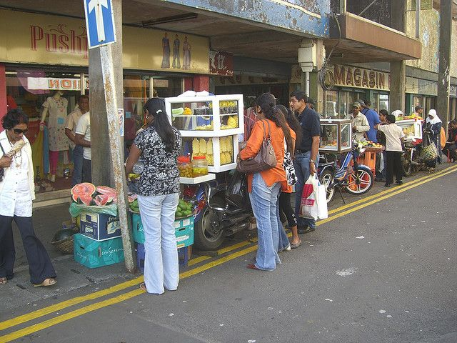 Mauritius : Streets of Curepipe (Open Market)   Mauritius in