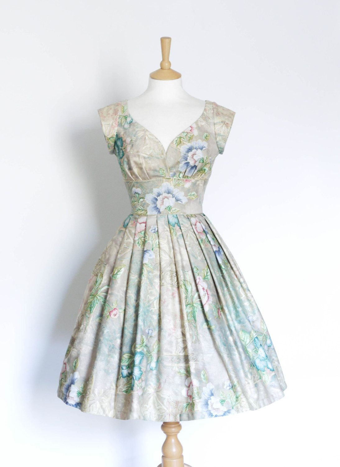 Teal Blue and Stonewashed Floral Sweetheart Prom von digforvictory