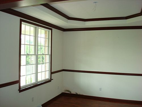 Hello I Am Looking For Some Inspiration Paint And A Color Scheme To Go With The Dark Wood Molding Trim In Our New House Usually Love Thick White