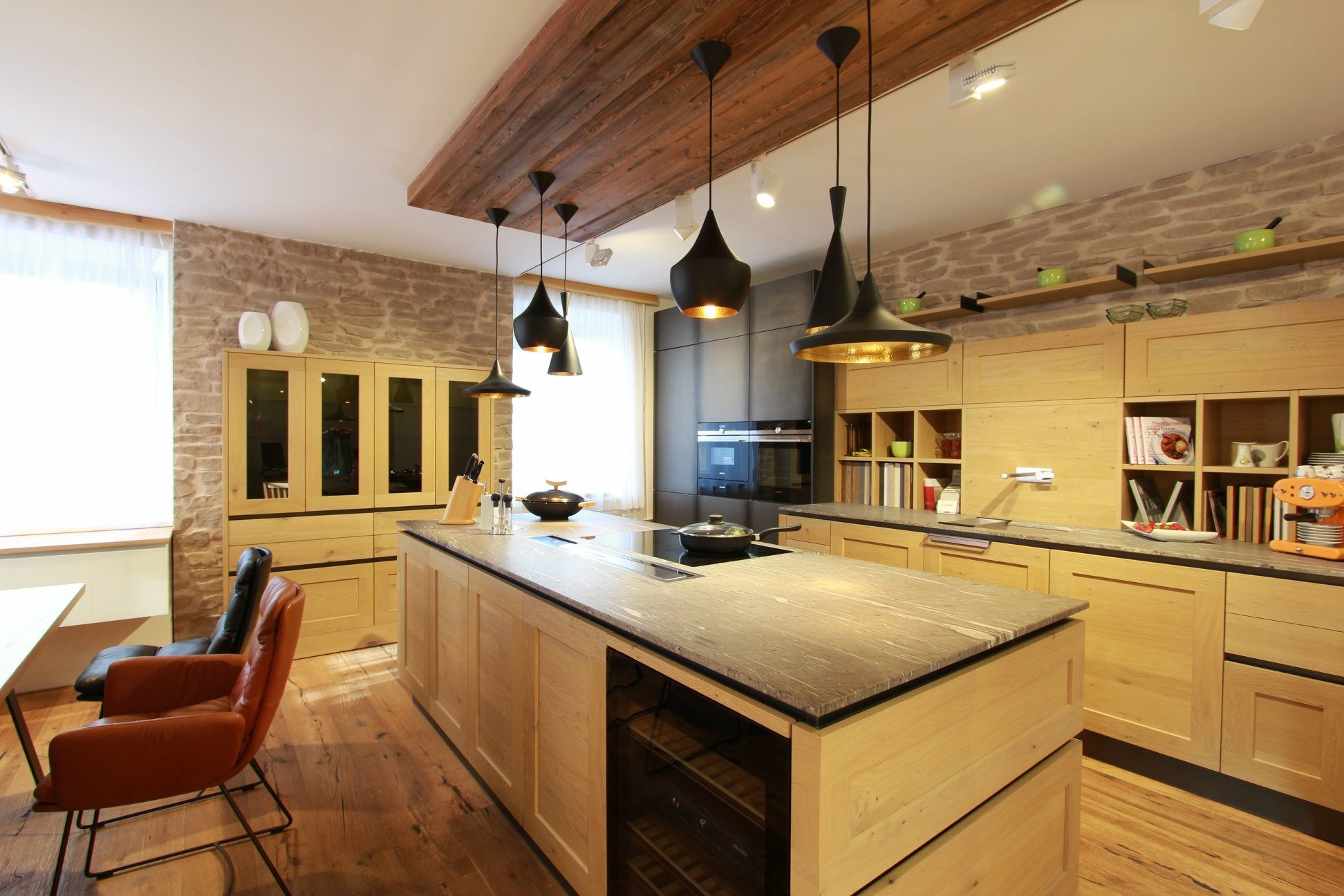 k che altholz salzburg landhaus k chen die kleine k chenstube. Black Bedroom Furniture Sets. Home Design Ideas