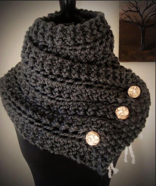 I love this scarf for the fall and winter #fall#winter#fashion