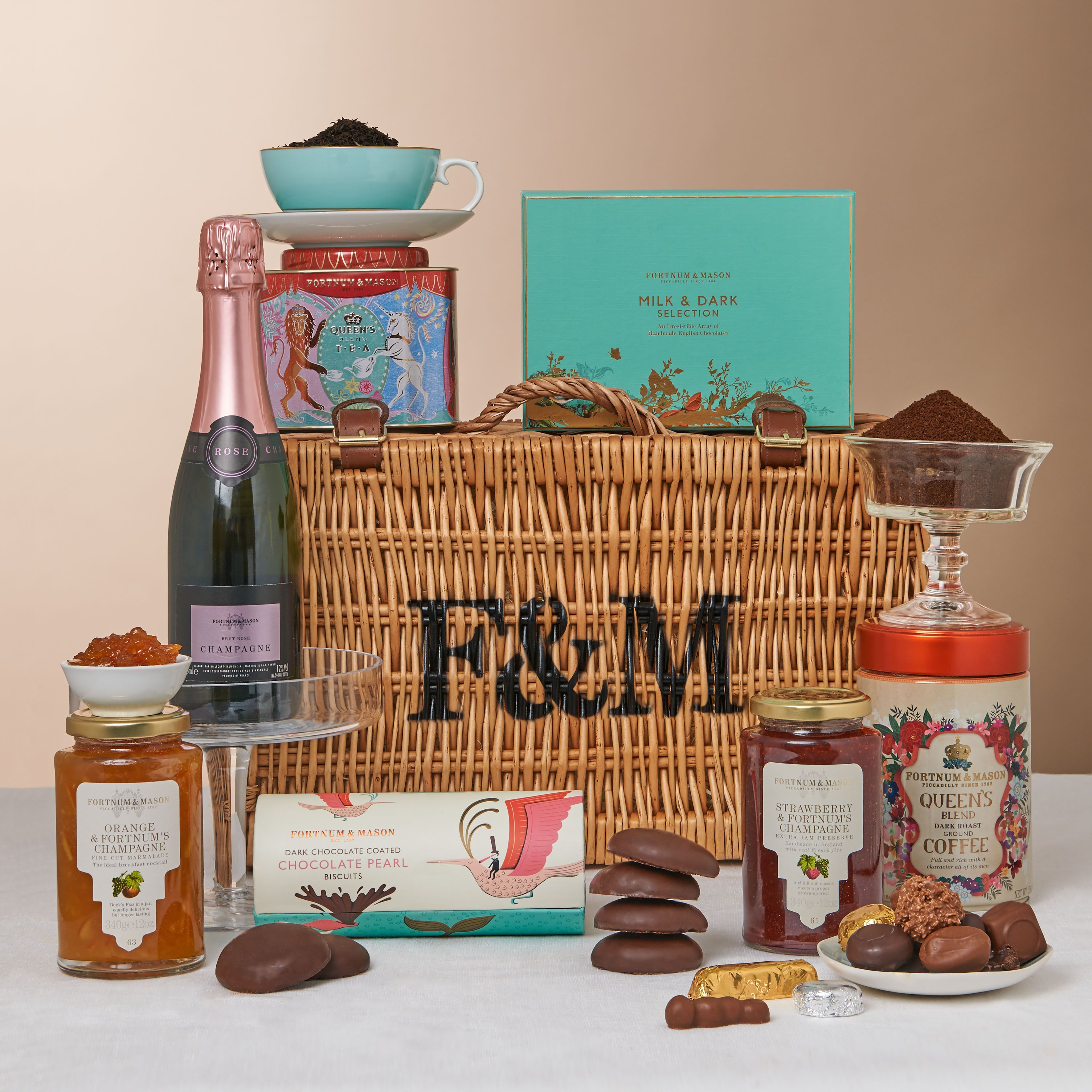 Wedding Gift Hampers Uk: Pin By Fortnum & Mason On Hampers At Fortnum & Mason