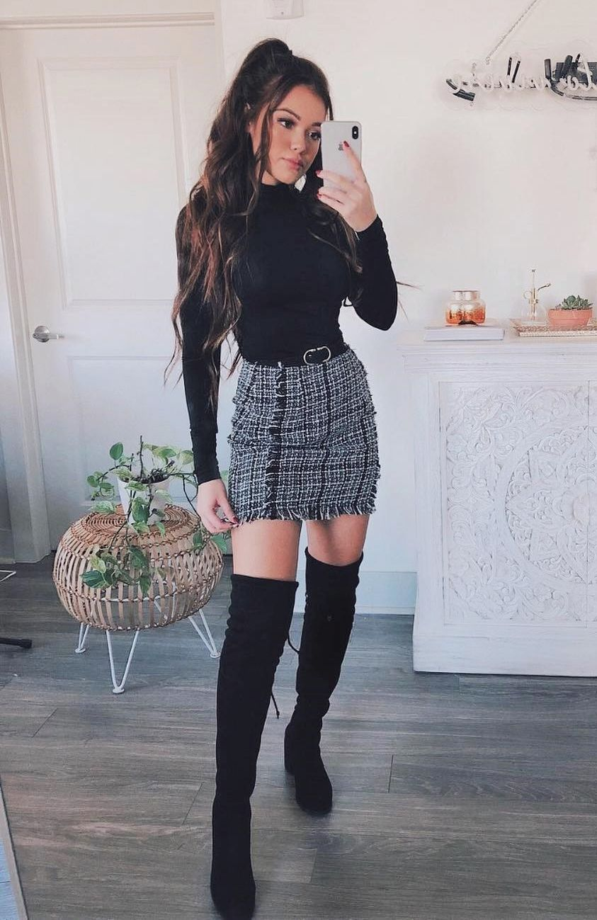 🤩💘All eyes will be on you…  #outfit #dress #getup #wardrobe #garment