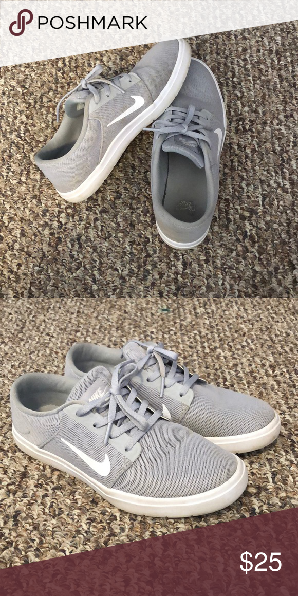 half off bc088 1a494 Unisex Nike SB Extremely lightweight and comfortable shoe. The only sign of wear  is in the inside soles, otherwise these look brand new.