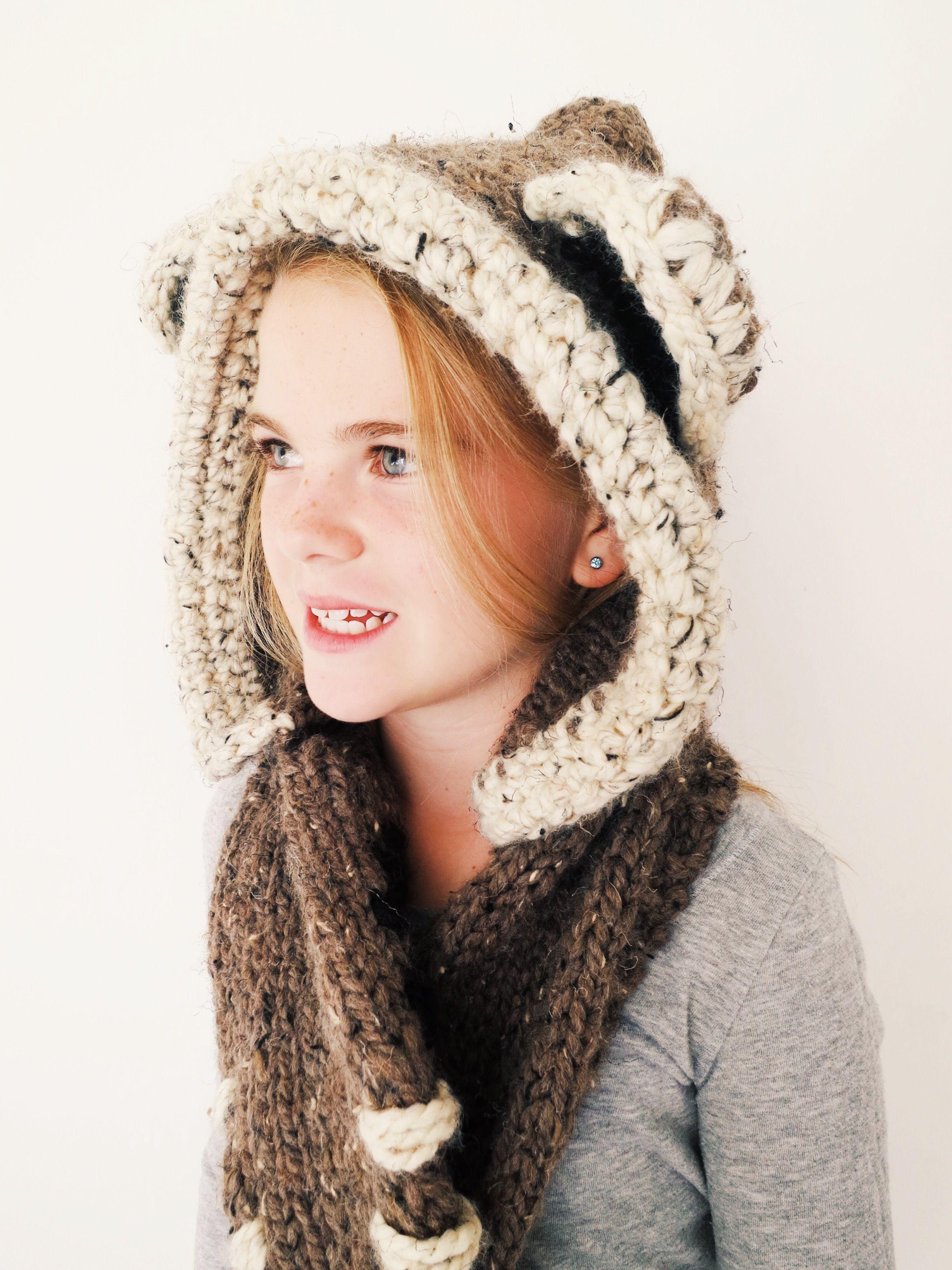 Bennett the Bear Hood Pattern // knitting pattern for bear-themed ...