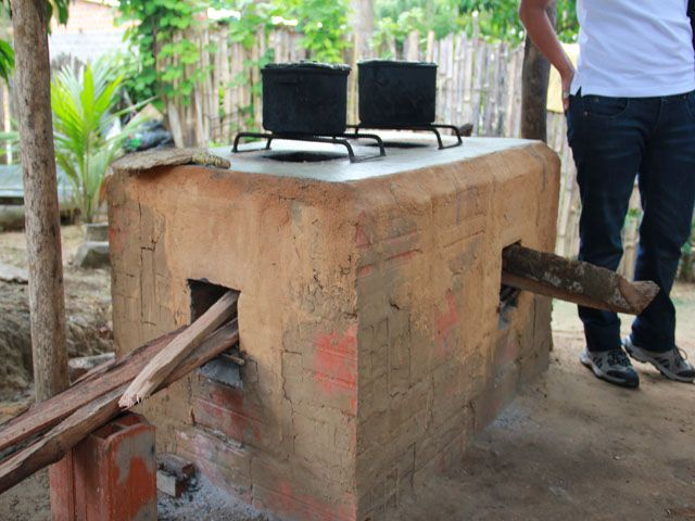 Cocinas mejoradas en san mart n esta cocina al aire libre for Modelos de cocinas al aire libre
