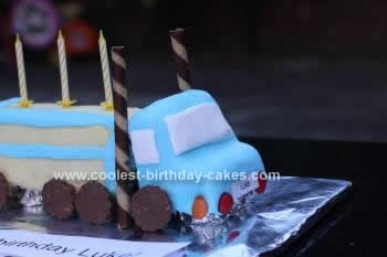Coolest Semi Trailer Birthday Cake Semi trailer Birthday cakes