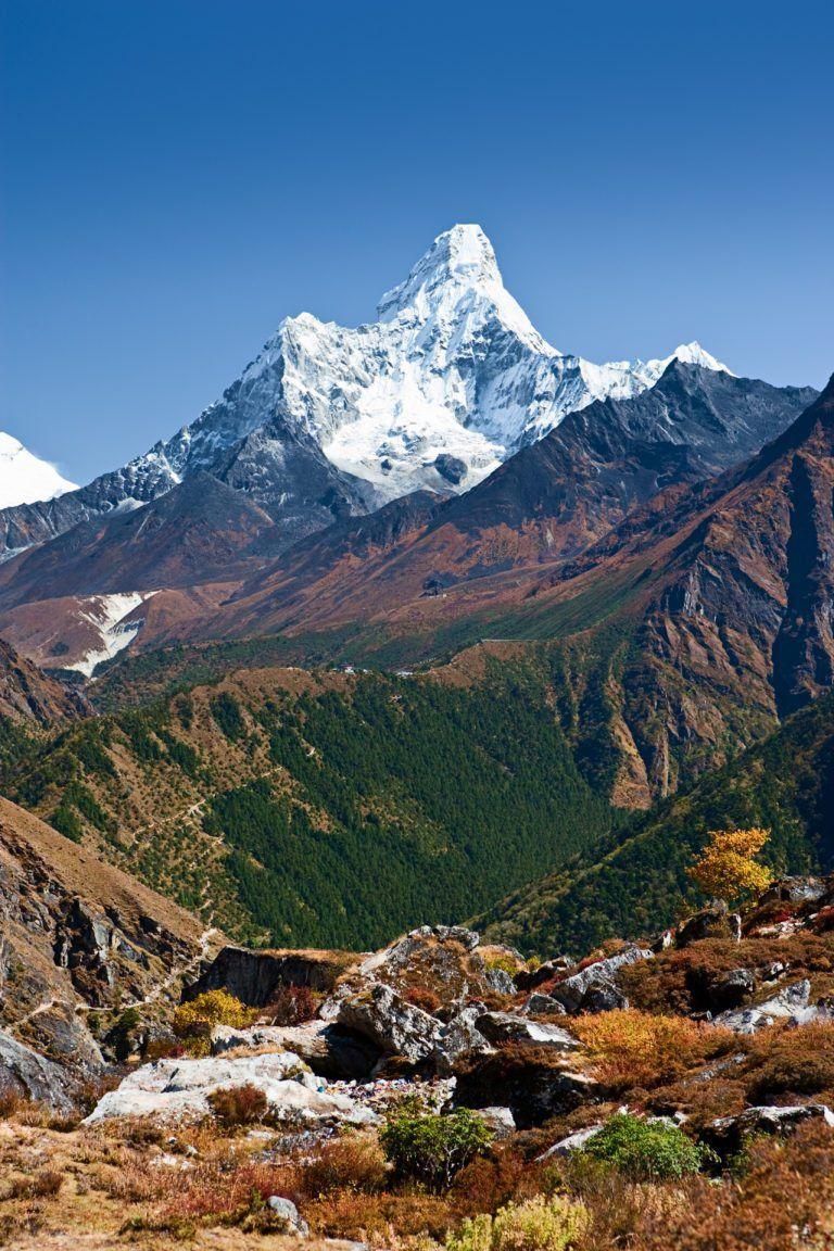 Nepal: Trekking To Everest Base Camp